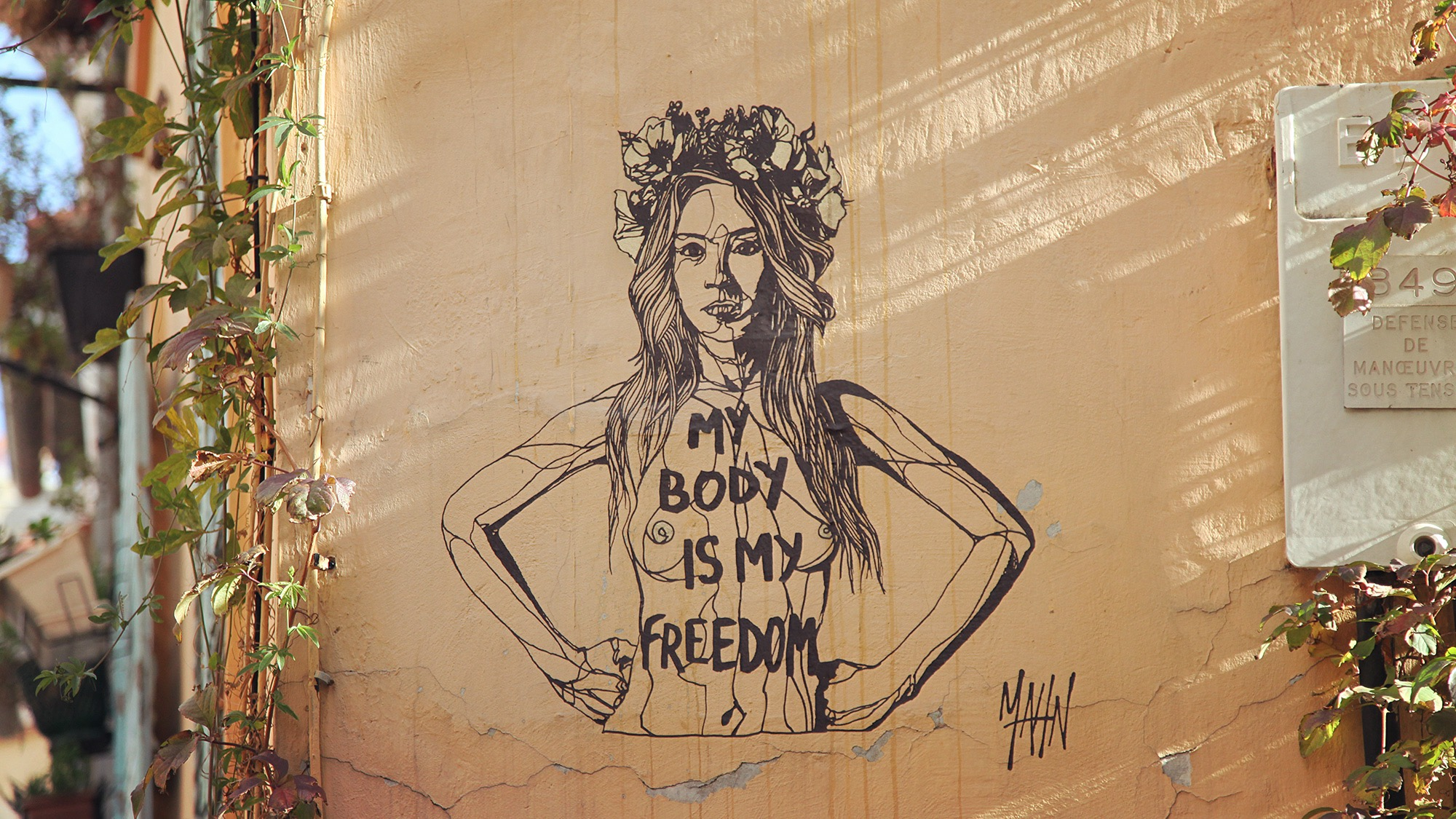 Mahn Kloix Femen MY BODY IS MY FREEDOM